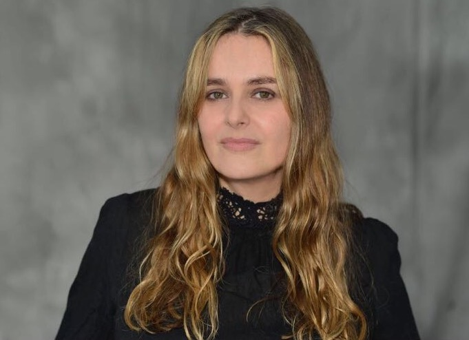 WONDERFUL WOMEN INTERVIEW WITH ARTIST FREDERIQUE FEDER